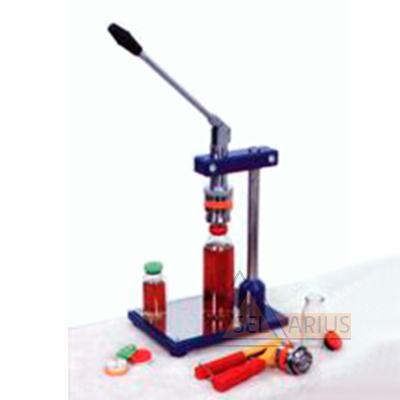 Фото приспособления и инструмента для ручного обжима и съёма колпачков типа К-3